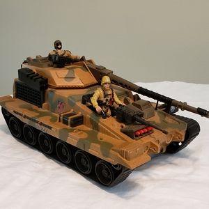 LG Army Tank w/ GI Joes
